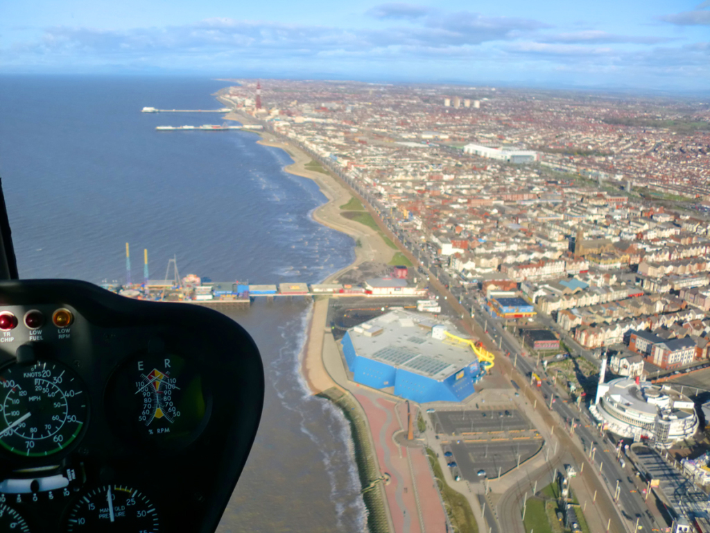 Heli 2000  Helicopter Flight Training Blackpool Lancashire